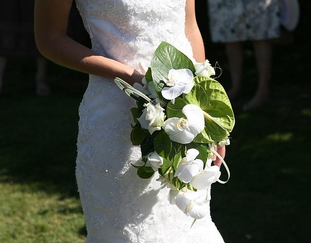 結婚祝いの胡蝶蘭