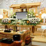 葬儀に胡蝶蘭は贈れる?気になる相場と種類について